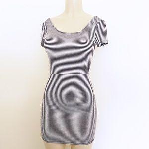 🌪Forever 21 Stripe Scoop Back Mini Shirt Dress, M